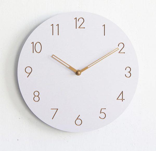 Đồng hồ trang trí treo tường hai kim KB001